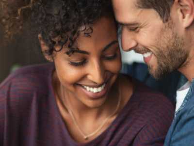 40 frases de felicidade a dois celebrando o amor bonito e sincero